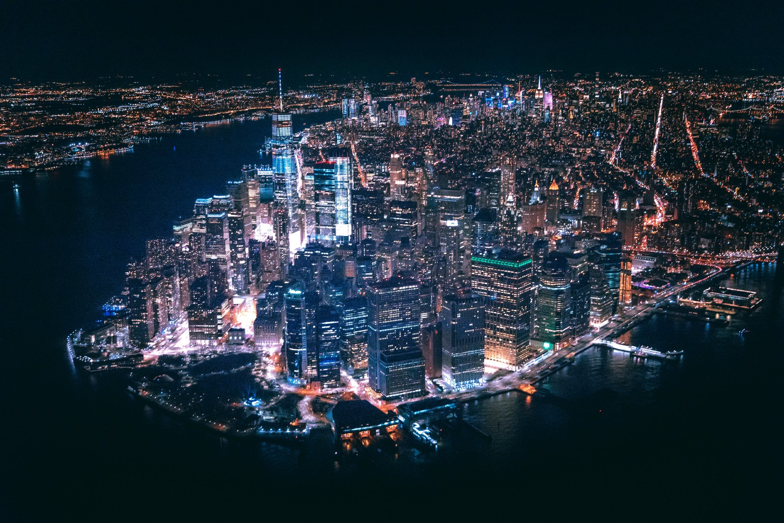 9f60da5de95c An aerial view of all the things that actual New Yorkers never get to enjoy  — by Andre Benz on Unsplash