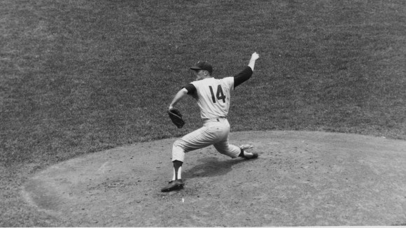 Jim Bunning, born in Southgate, Kentucky, pitched the seventh perfect game in Major League Baseball history on June 21, 1964 (Credit: AP Images)
