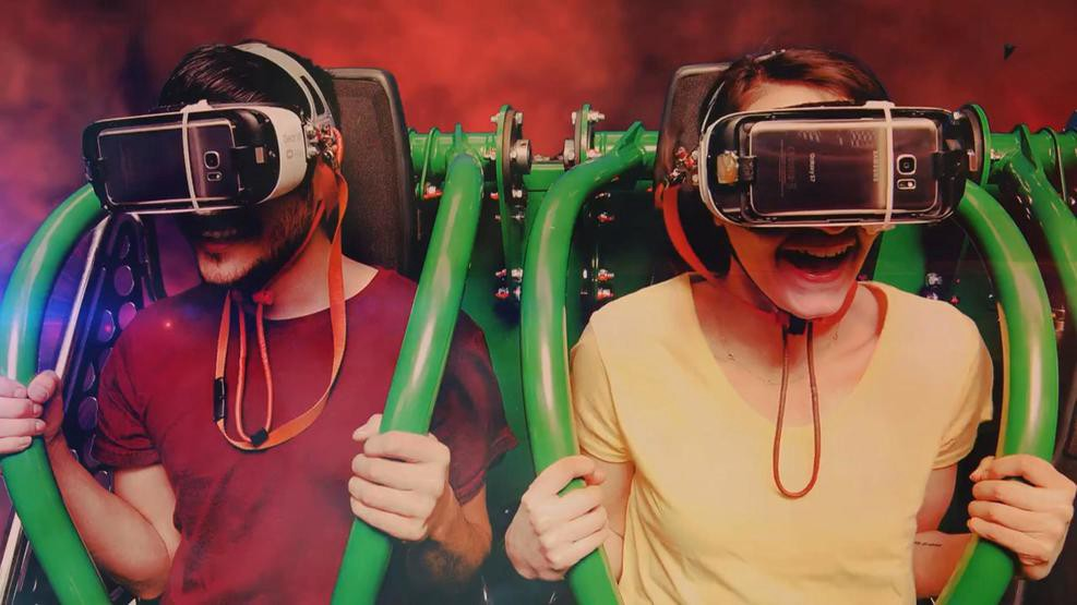 Drop of Doom #VR ride available for a limited time at La Ronde theme park in Canada -