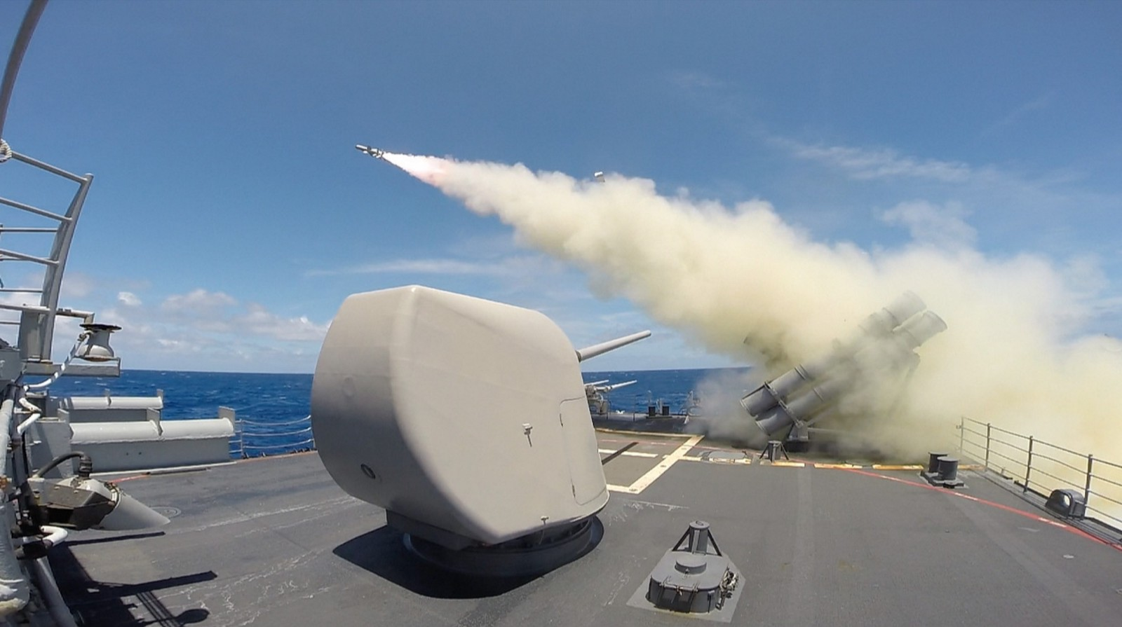 The Ticonderoga-class guided-missile cruiser USS Chosin (CG-65) launches a Harpoon missile during a live-fire exercise as part of Rim of the Pacific (RIMPAC) Exercise 2014. Twenty-two nations, 49 ships, six submarines, more than 200 aircraft and 25,000 personnel are participating in RIMPAC from June 26 to Aug. 1 in and around the Hawaiian Islands and Southern California. The world's largest international maritime exercise, RIMPAC provides a unique training opportunity that helps participants foster and sustain the cooperative relationships that are critical to ensuring the safety of sea lanes and security on the world's oceans. RIMPAC 2014 is the 24th exercise in the series that began in 1971. (U.S. Navy photo by Fire Controlman 2nd Class Andrew Albin/Released)