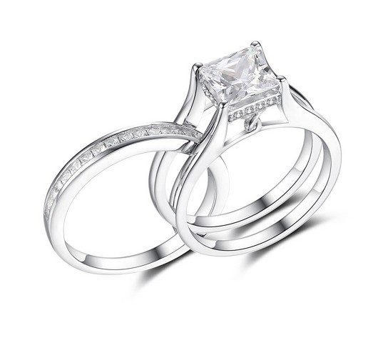 Princess-Cut-Gemstone-925-Sterling-Silver-Engagement-Ring-500400