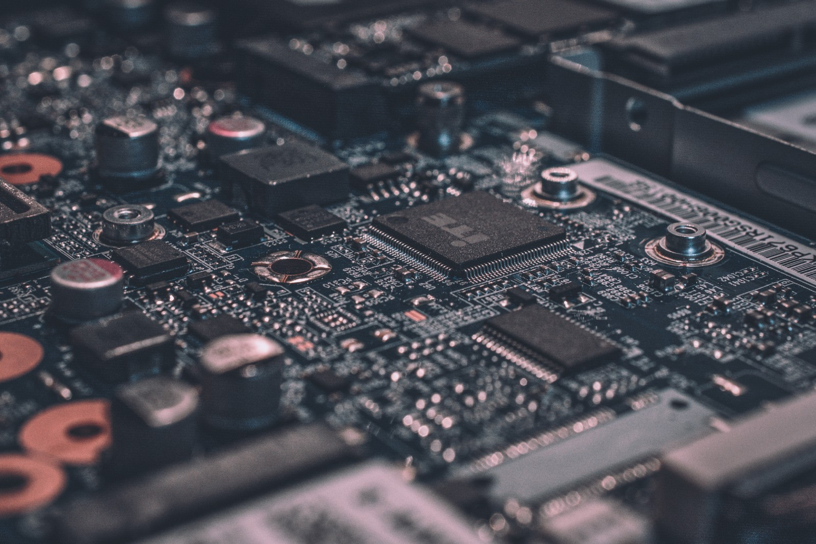 Why you need to understand hardware to make better software?