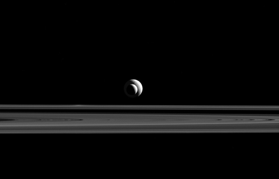 Enceladus and Tethys line up above Saturn's rings (Credit: Nasa / JPL-Caltech / Space Science Institute)