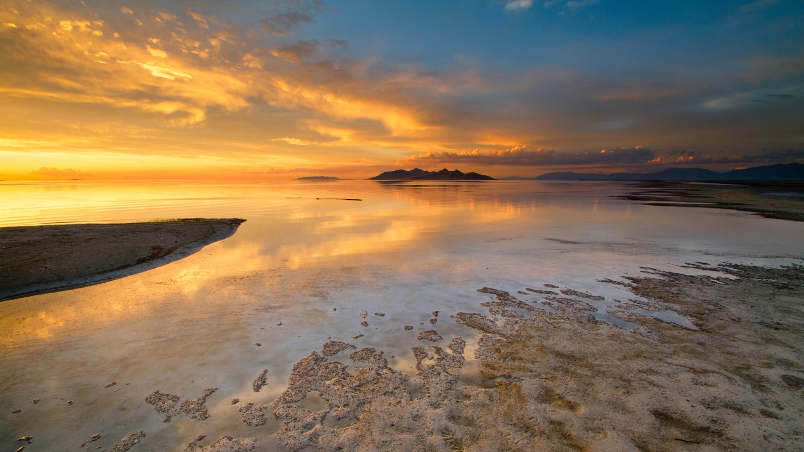 Sunset at the SaltAir Beach, Great Salt Lake, Utah