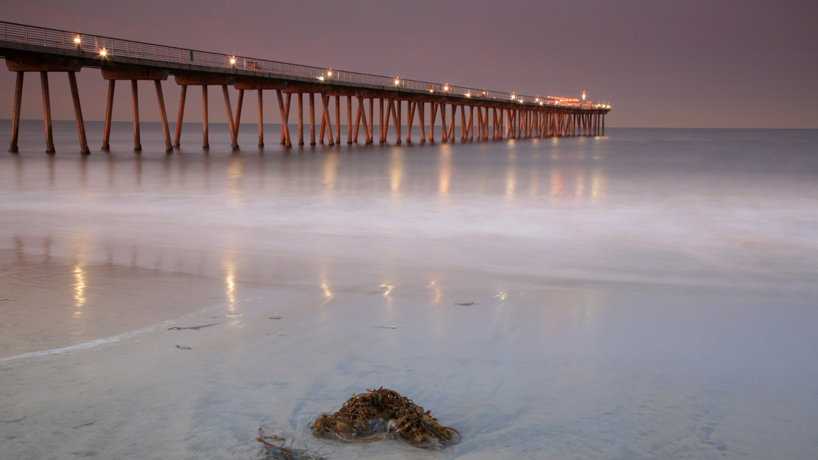 Hermosa Beach Pier, California