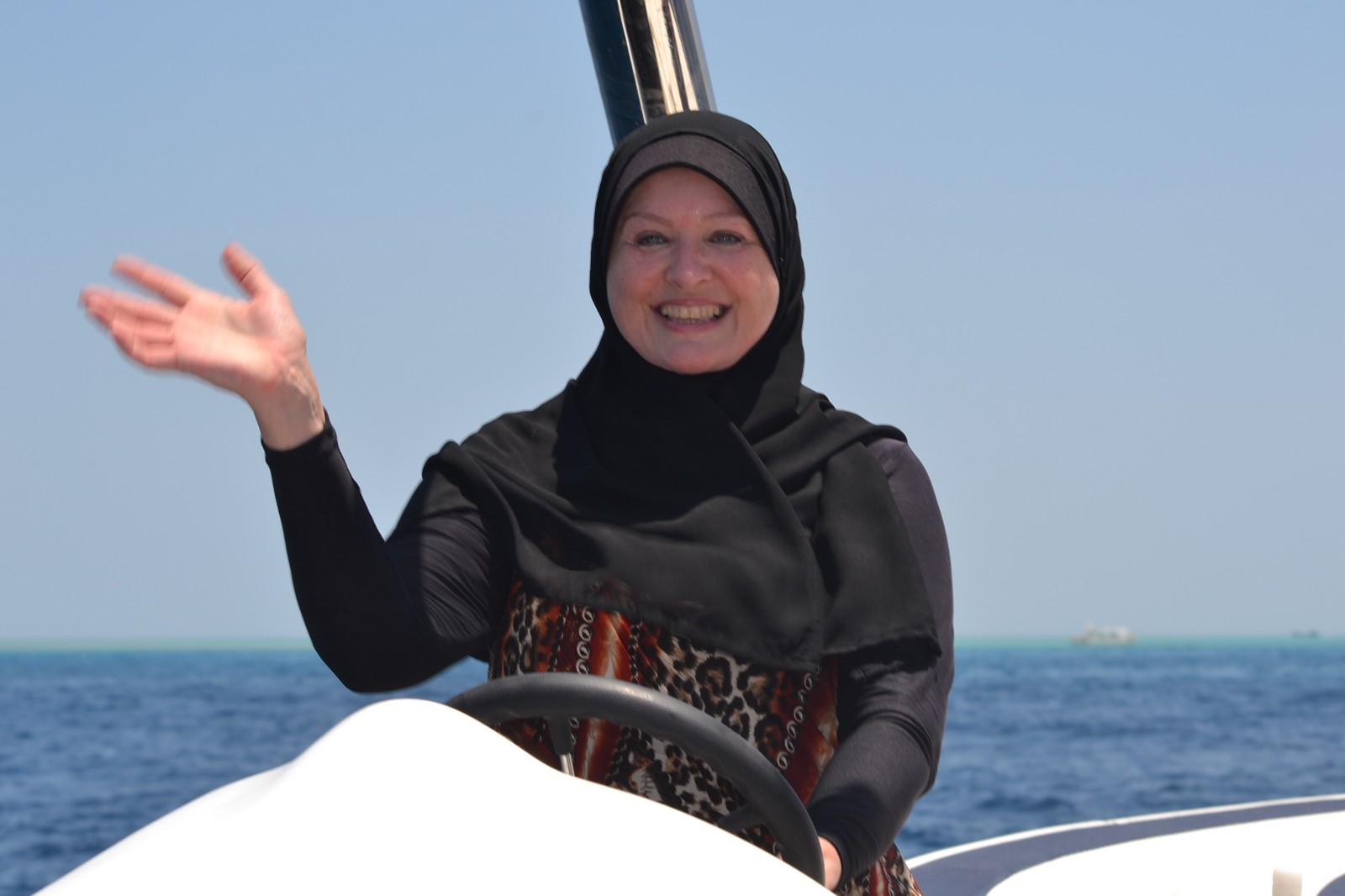 3822d73be9c95 Towards a Better Understanding: Modesty, Swimming and the Burkini