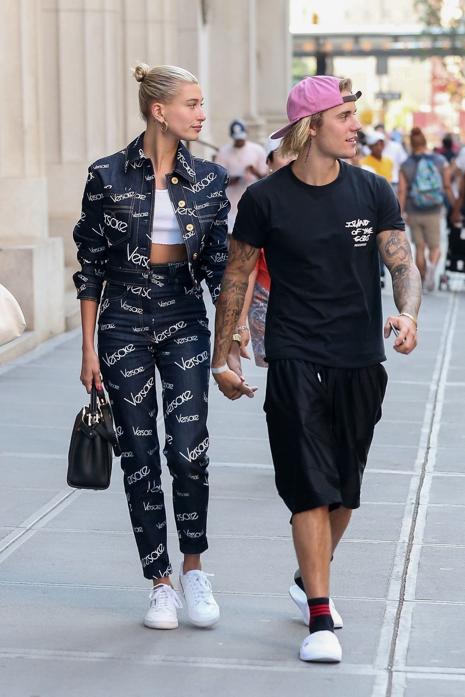 6cd8a938bf076 Which Designers are Justin Bieber and Hailey Baldwin wearing in 2018