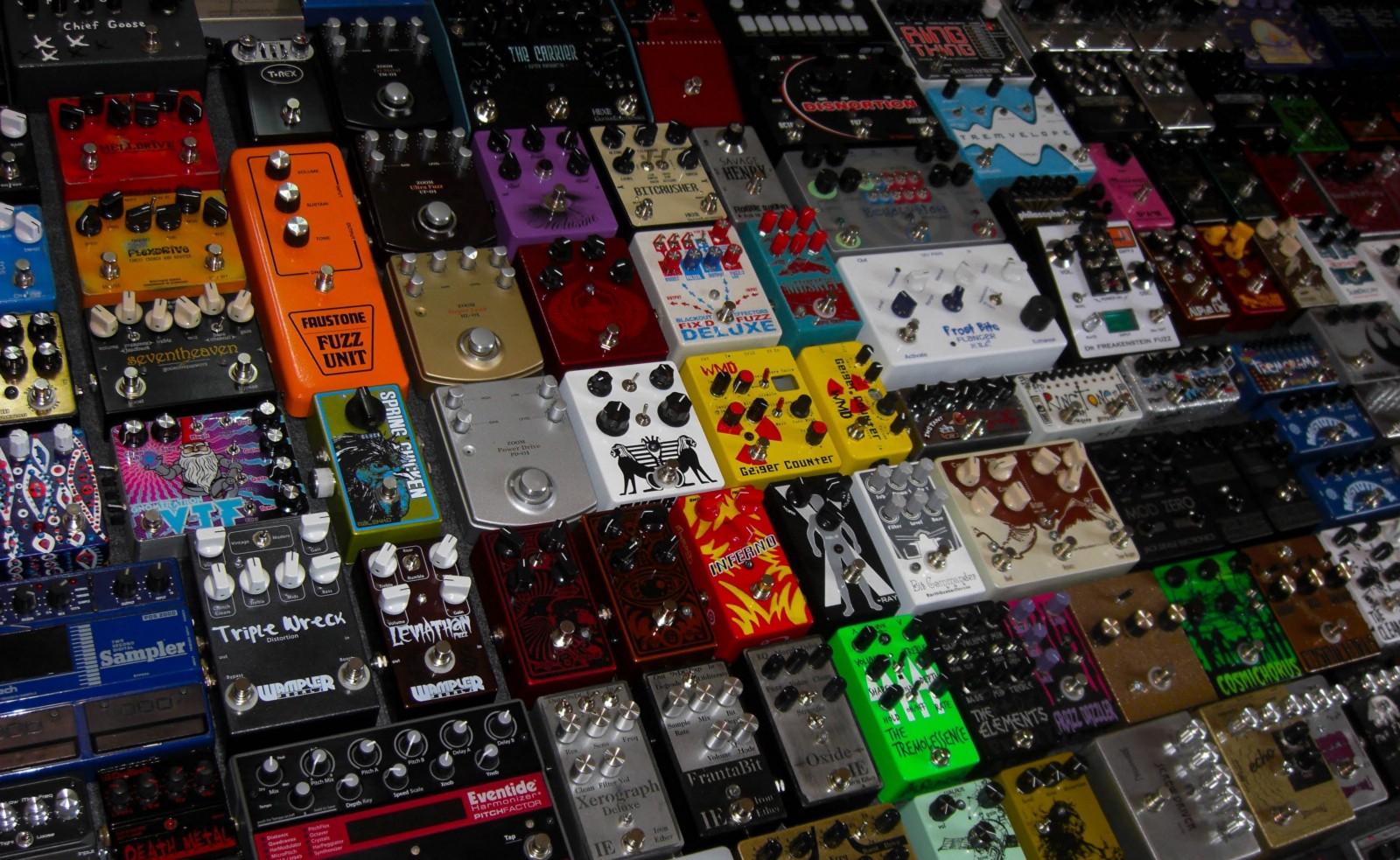 16 Guitar Effects Pedals Every Guitar Player MUST Have