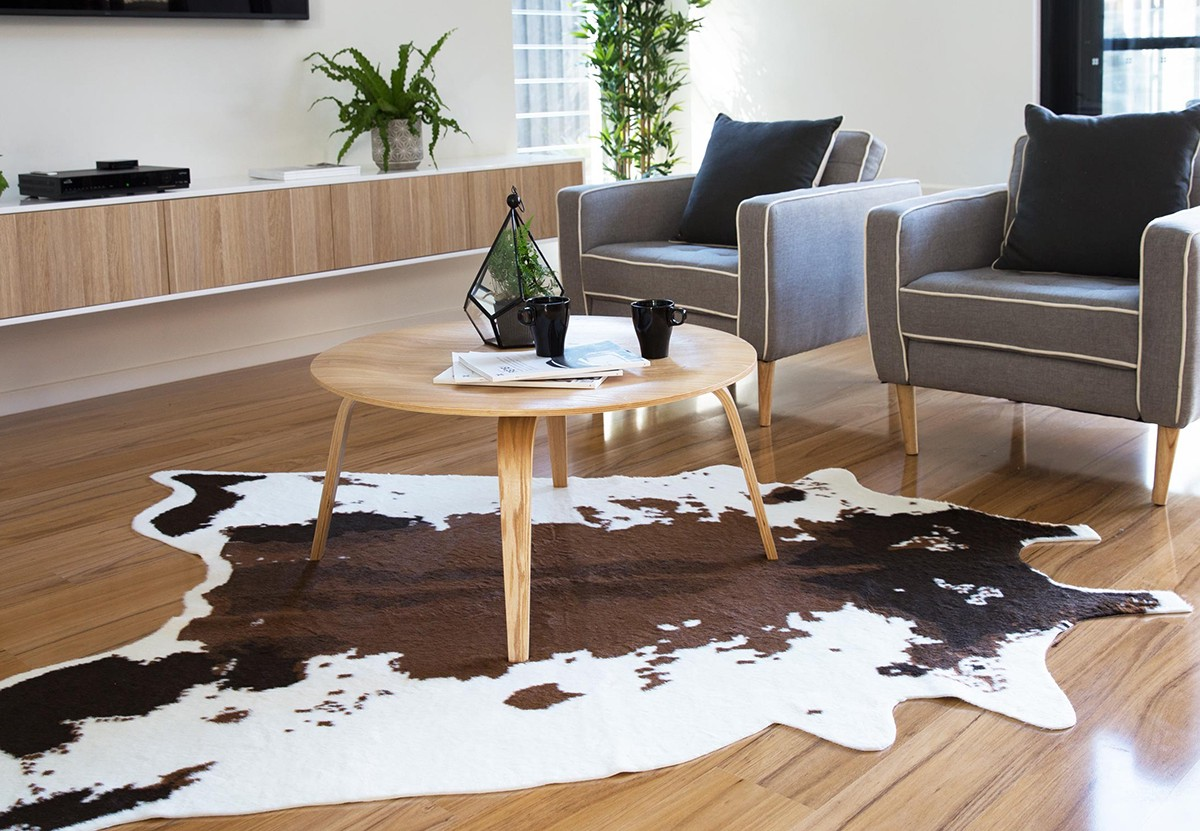 Rugs Can Be Manufactured Using Natural Dyed Or Stenciled Hair On Hides What To Choose