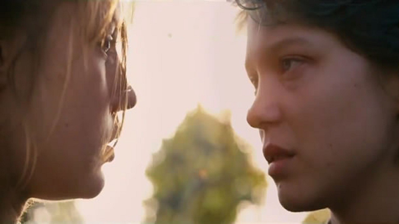 blue is the warmest color movie watch