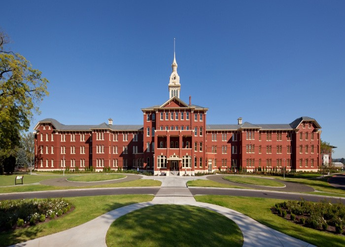 Famous Hospitals Used As Filming Locations  Lights On Location  Medium-3265