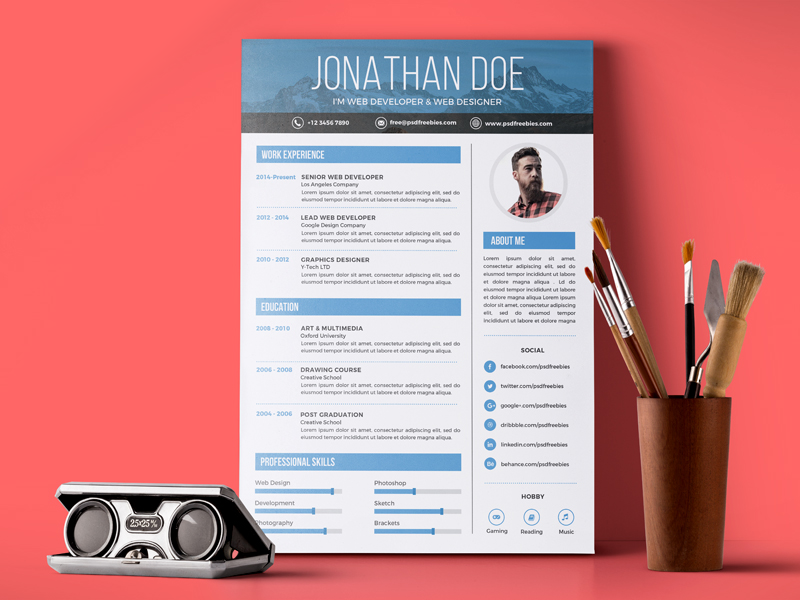 This Creative Graphic Designer Resume PSD Template To Help You Land That  Great Job It Is Perfect For Photographers, Designers, And Developers.