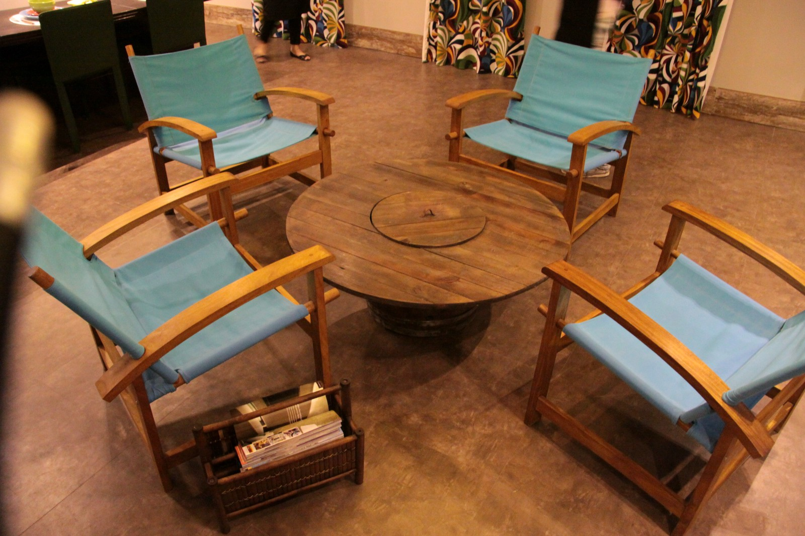 The advantages and disadvantages of custom made furniture