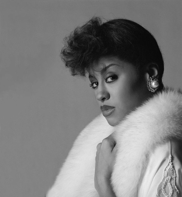 phyllis hyman meet me on the moon video for first grade