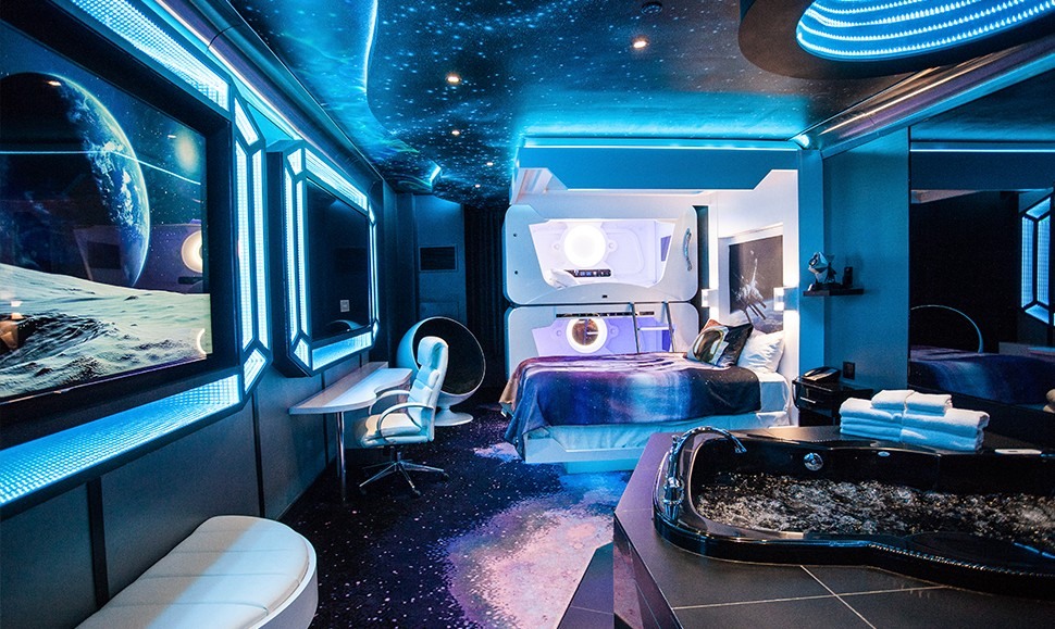 space themed bedroom 13 space themed hotels amp suites where you can dock for a 13371