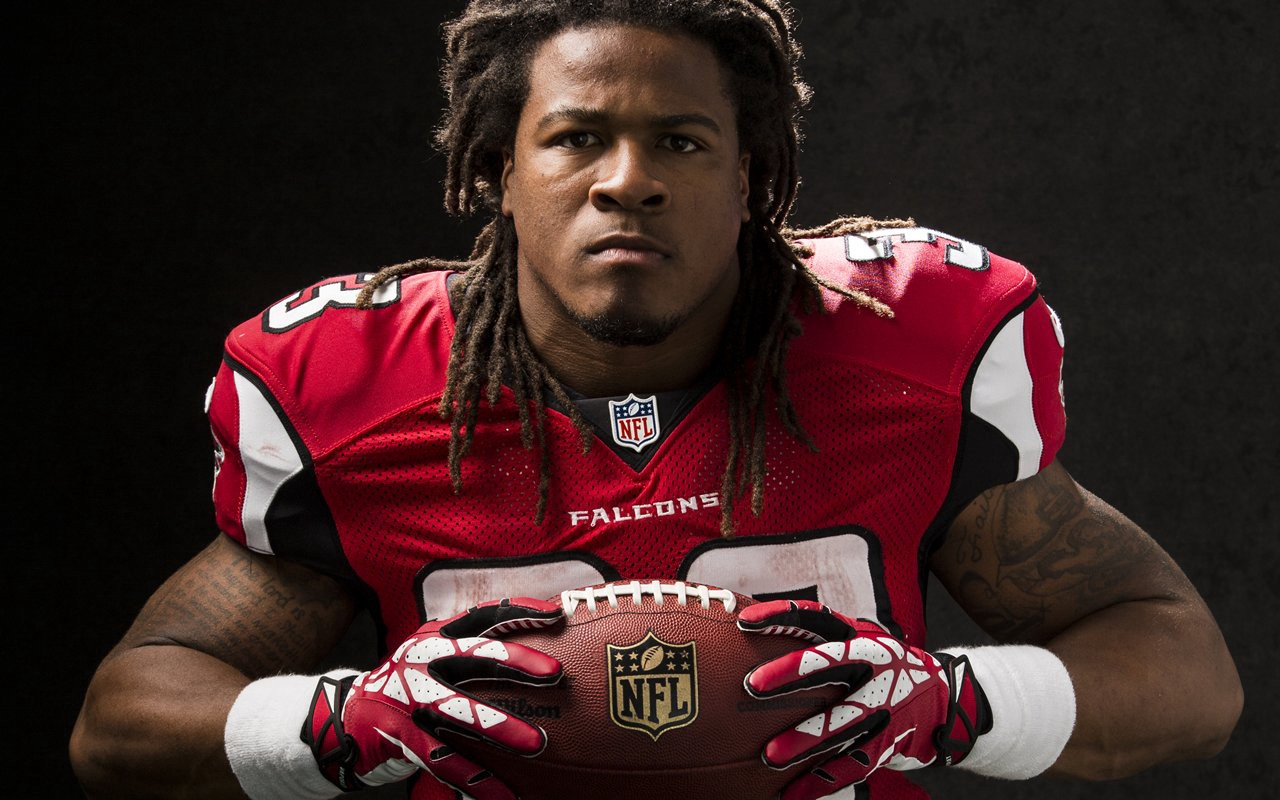 Devonta Freeman born March 15 1992 is an American football running back for the Atlanta Falcons of the National Football League NFL He was drafted by the