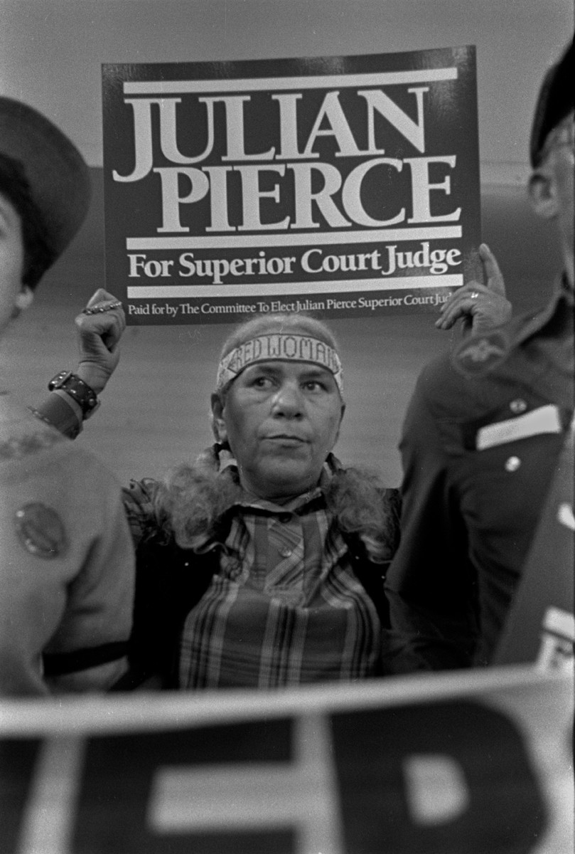 Lumbee Tribeswoman Waves A Pierce Campaign Sign Photo By Rob Amberg