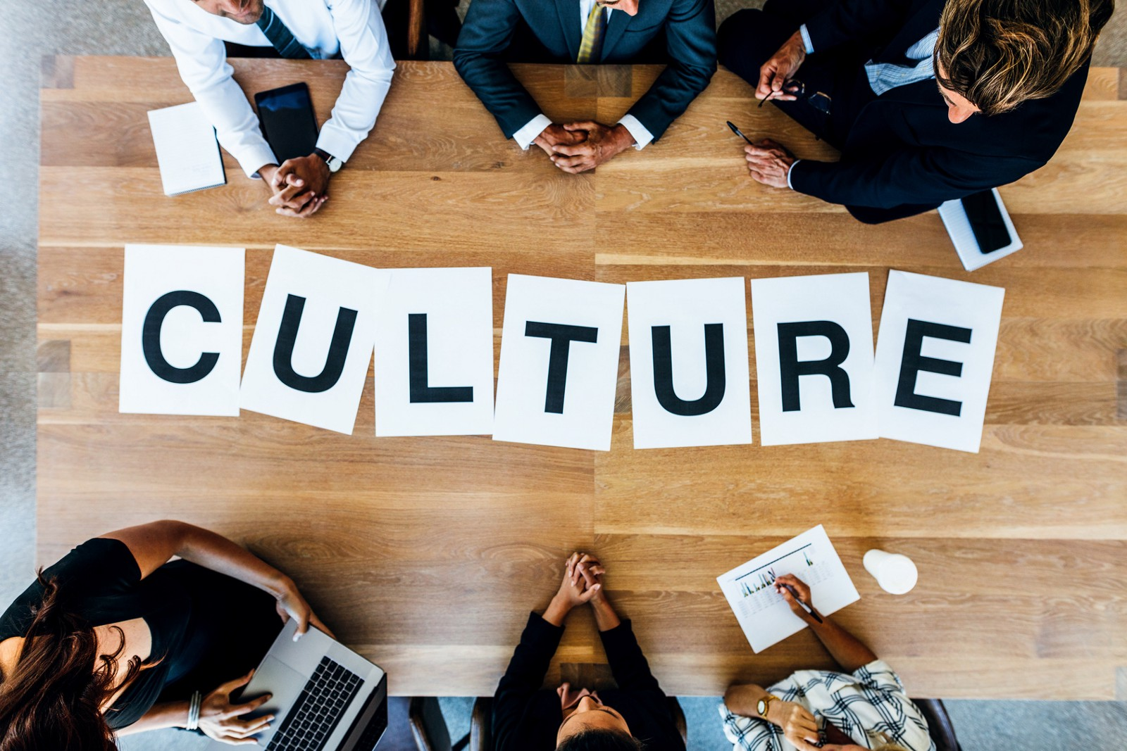 how to avoid the cultural misunderstandings that can