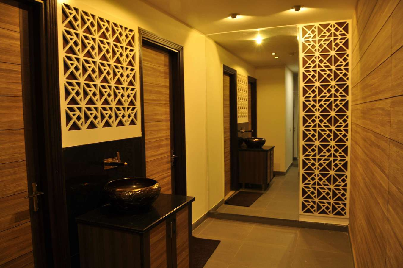 How mdf design board increases the market value of a house for Interior jali designs