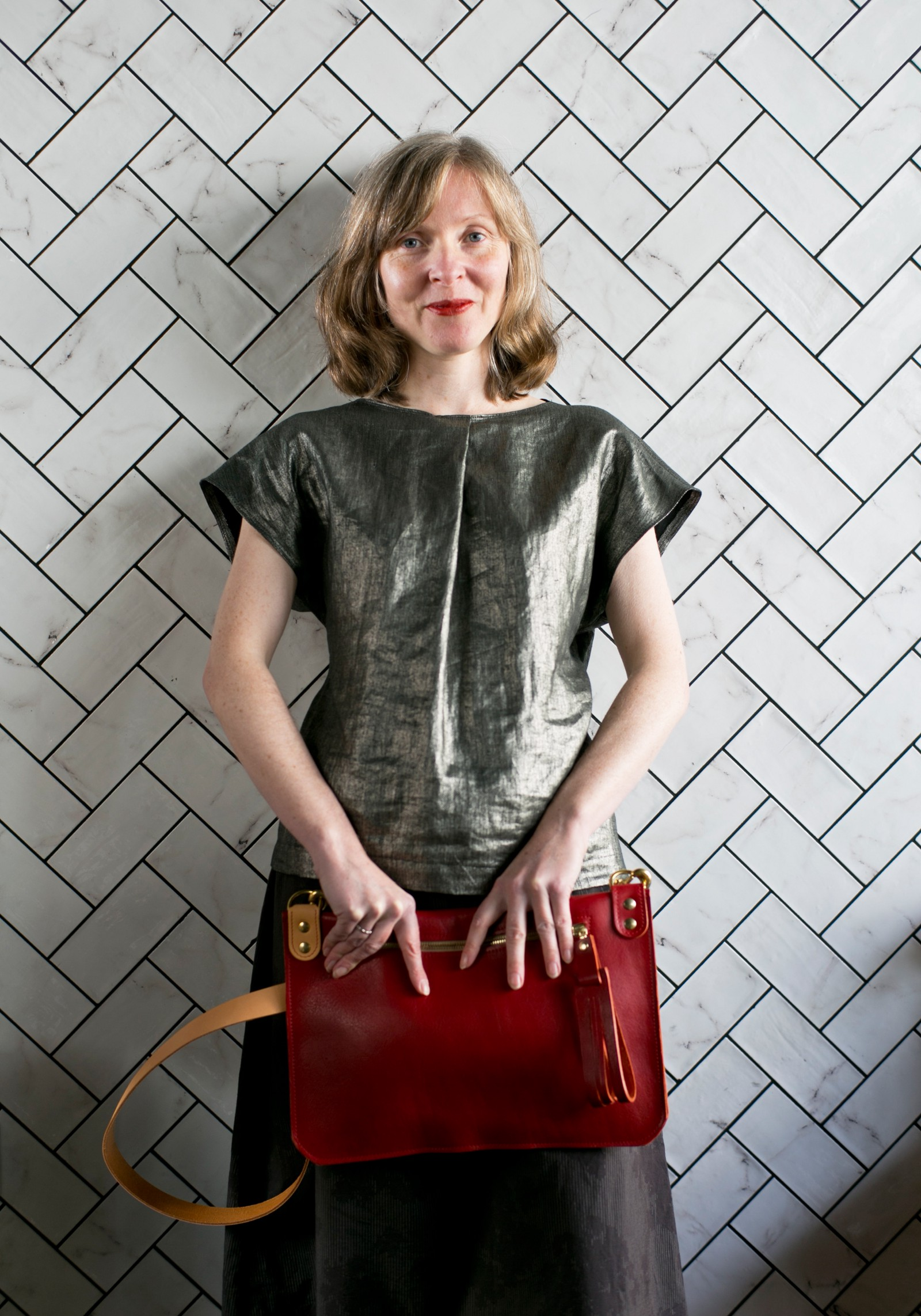 Customise Your Own Handbag Uk Leather Maker St Leonards Launches The Van Der Rohe In Scarlet