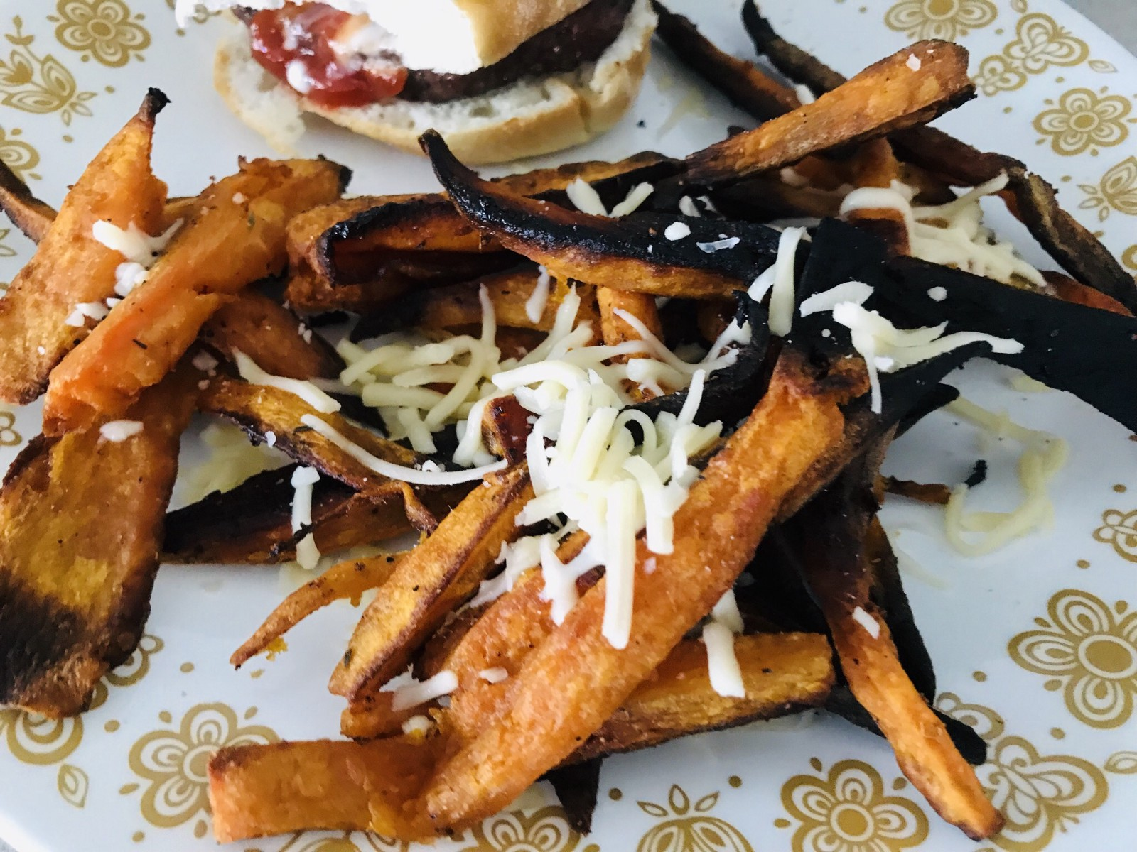 Meals to go with sweet potato fries