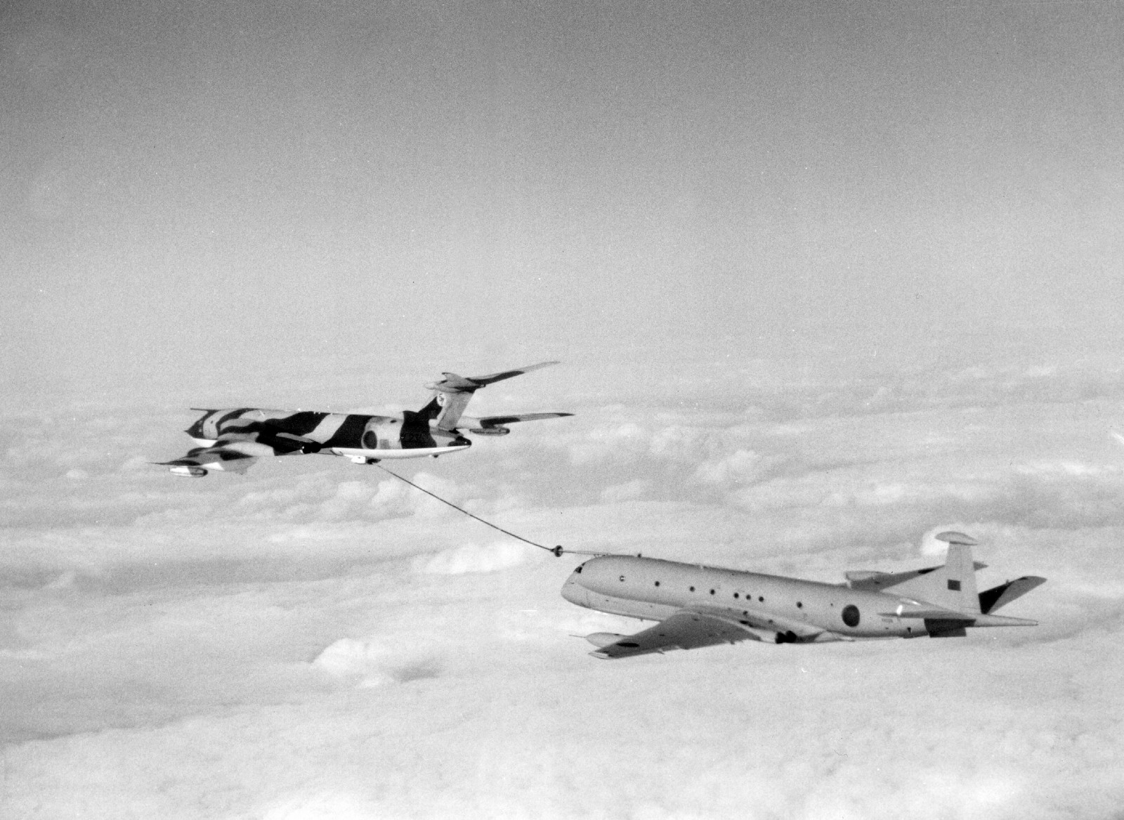 9f9f7c5b057 A Victor tanker of 57 Squadron refuelling a Nimrod MR.2 of the Kinloss  Maritime Wing during an operation over the South Atlantic in 1982.