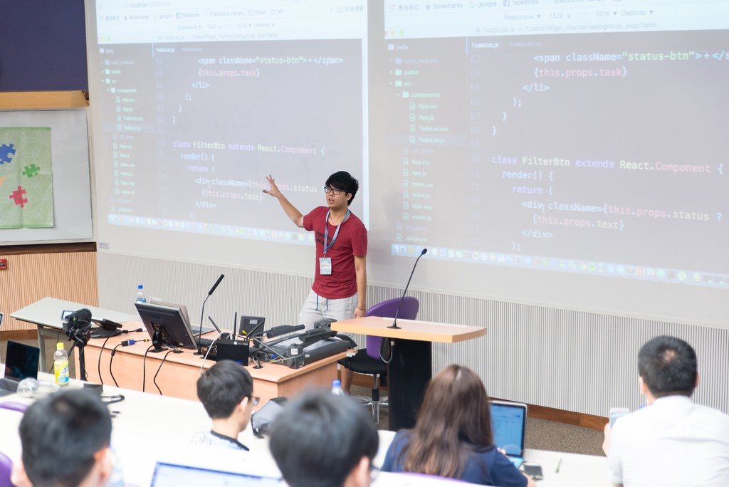 Kevin Hsu teaching students - eulecoder