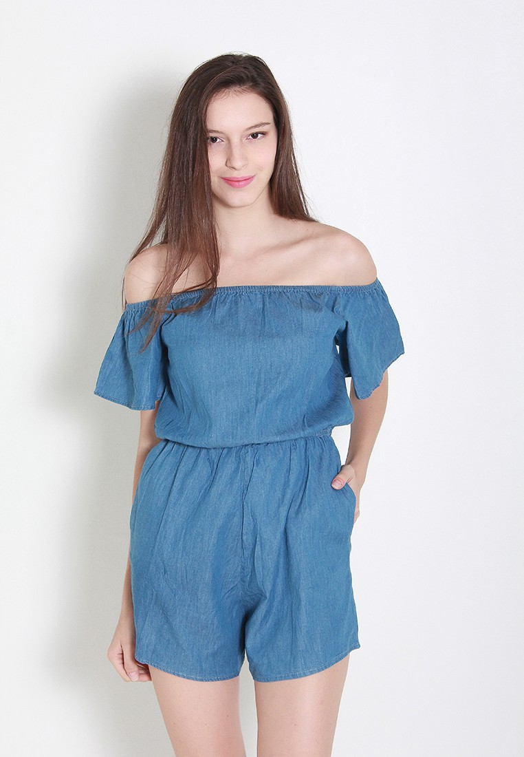cc31331285a7 STYLE QUICKIE  One Key Tip to Wearing A Romper – THREAD by ZALORA ...