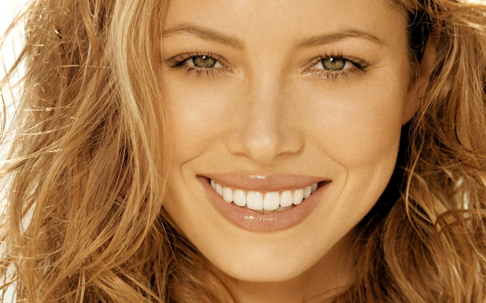 Top 4 Recent Trends in Cosmetic Dentistry