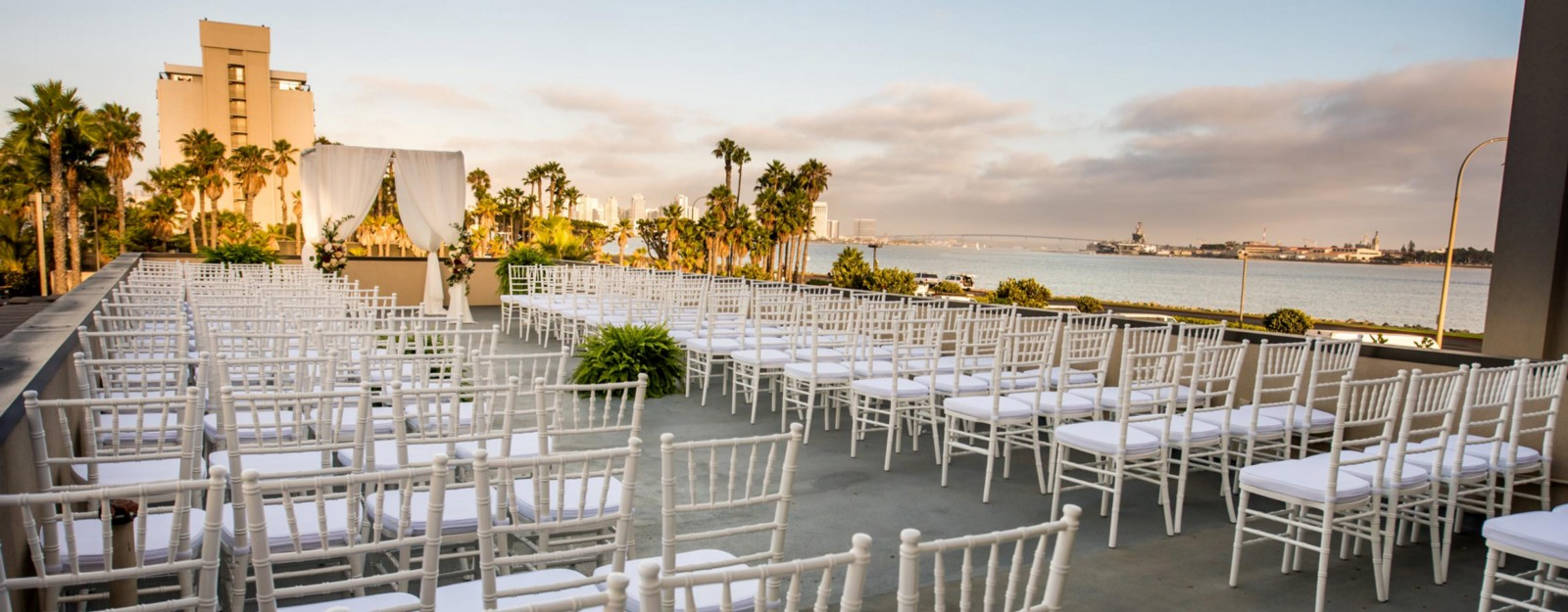 How to find a unique wedding venue in san diego harbor view loft this time around most of the sought after san diego wedding venues are already booked you were just a little late in retaining one for yourself solutioingenieria Image collections