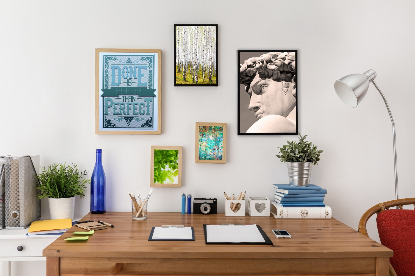 Several lazybones steps to a minimalist working space for Pixers your walls and stuff