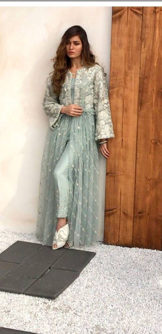 e80043496e17 13 Different Types of Salwar that you must own in 2018