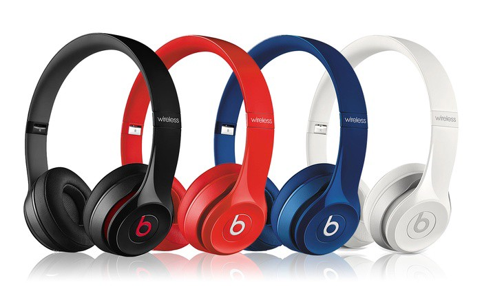 Now we talk about Beats Solo 2 Wireless On ear Headphone. This headphone  has immersive sound that you can immerse yourself in an emotional sound  experience. 77bb51fae