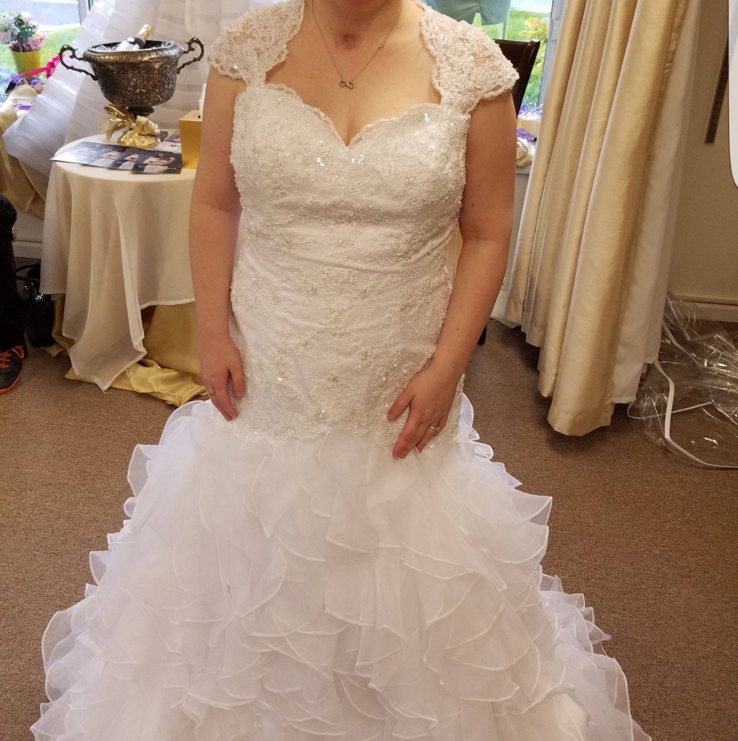 3246ba62442 5 Tips for Moms Who Want to Choose a Custom Dress Made for the Wedding