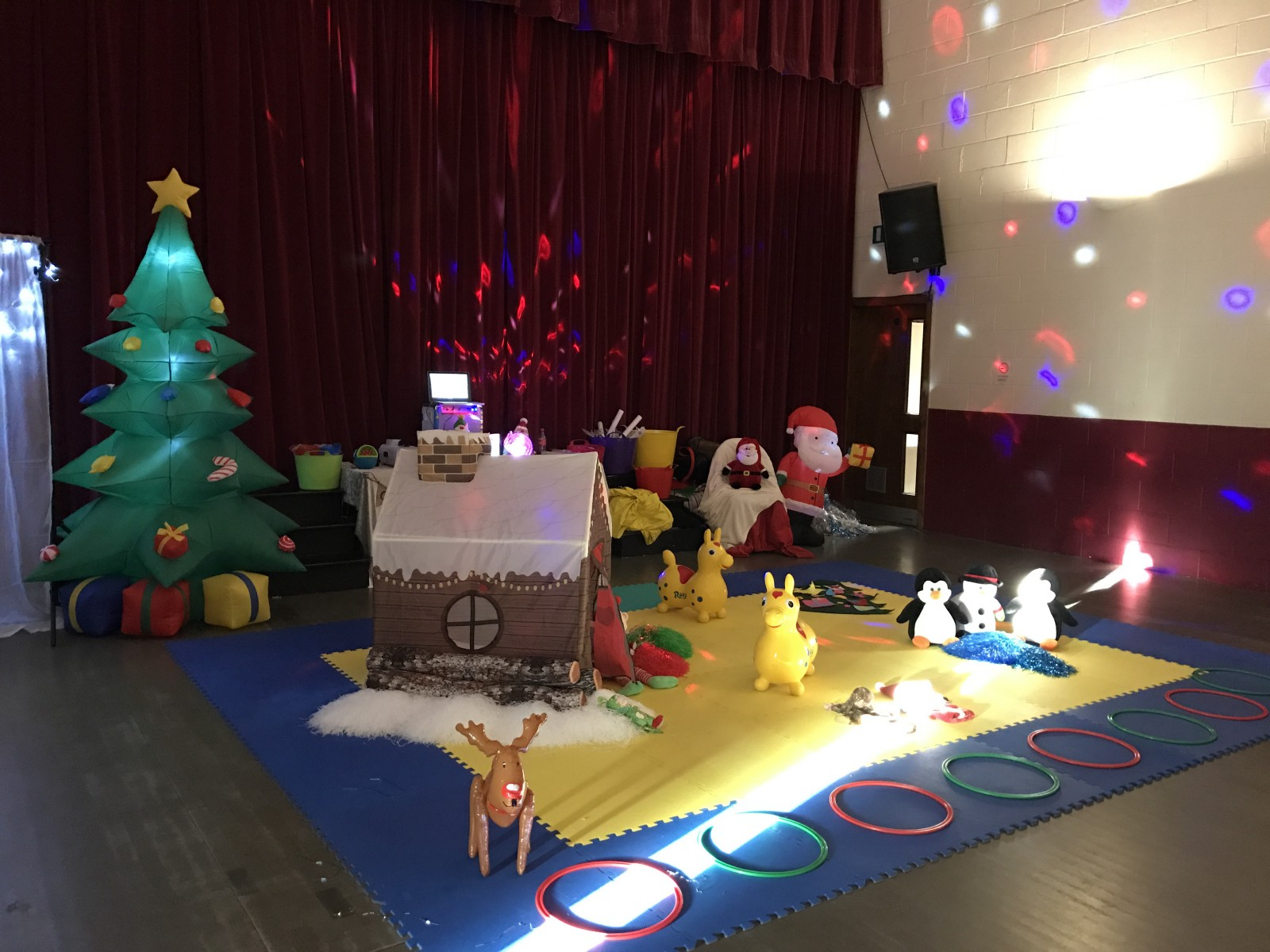 There Was Everything You Could Possibly Want For Kids Games At Christmas Time Snowmen Reindeers Awesome Light Displays Glowing Stars Bells