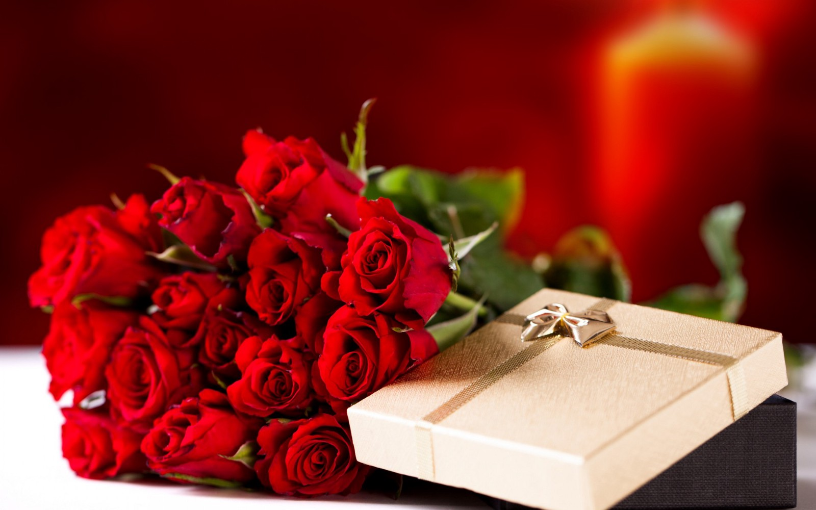 Valentines gift ideas for couples special offer for valentines winni provides excellent bouquets and service at extremely reasonable prices so send beautiful flower bouquet to loved ones and make your valentine izmirmasajfo