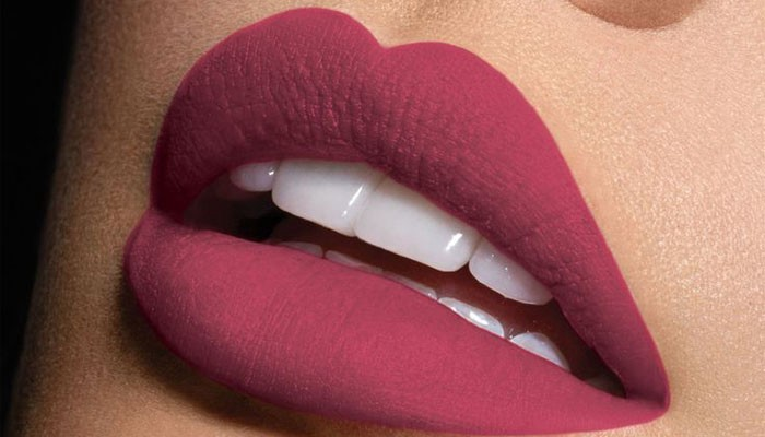 How To Find The Perfect Pink Lipstick For Your Skin Tone
