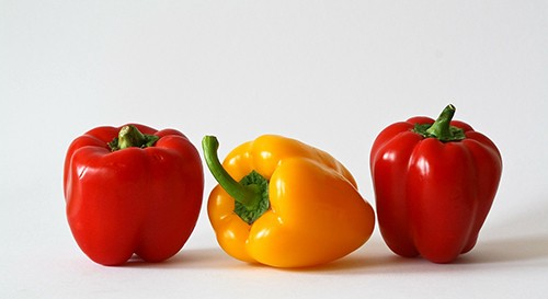 Sweet peppers are a low-FODMAP vegetable option.