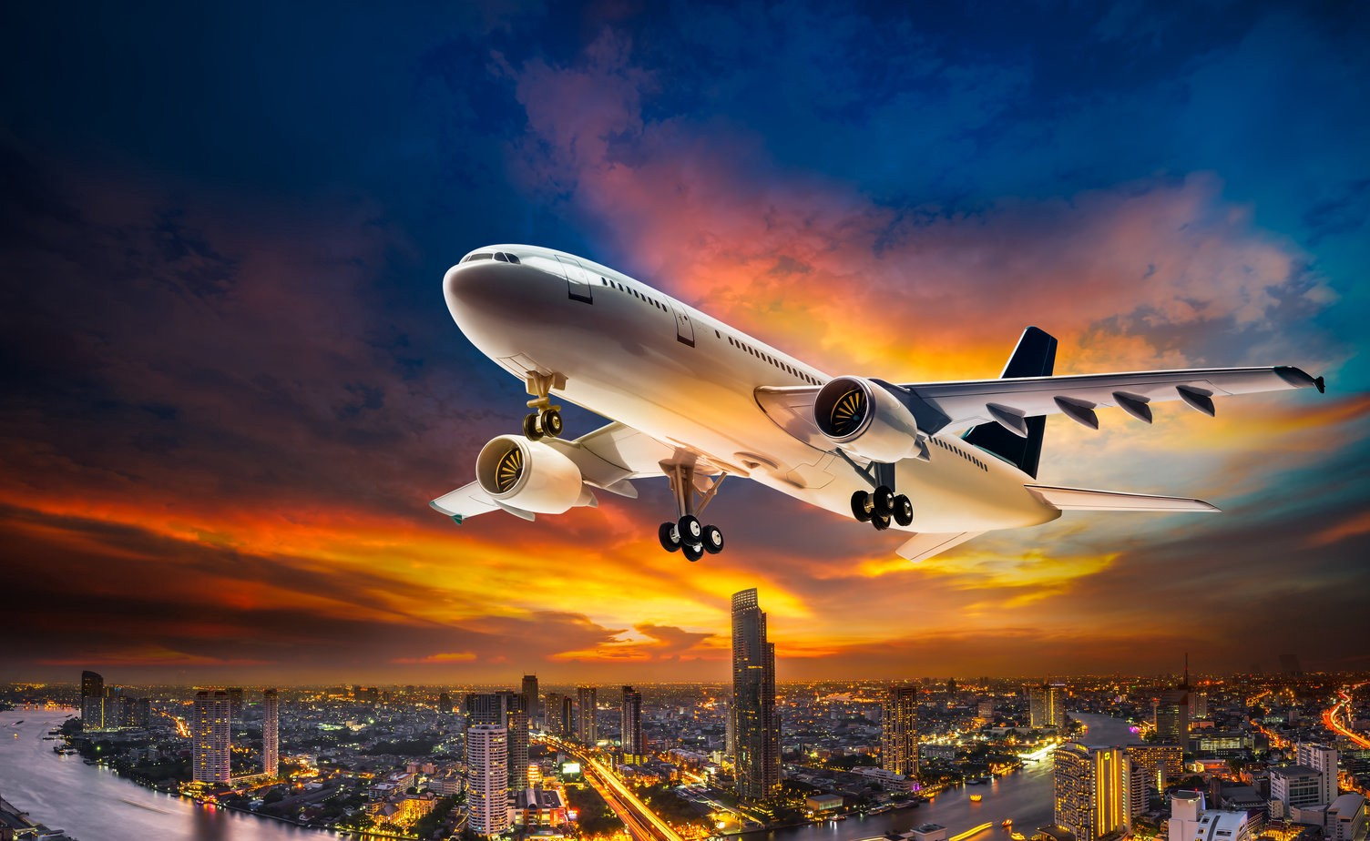 Red Eye Flight—What is it? How to Book & Tips to Survive?