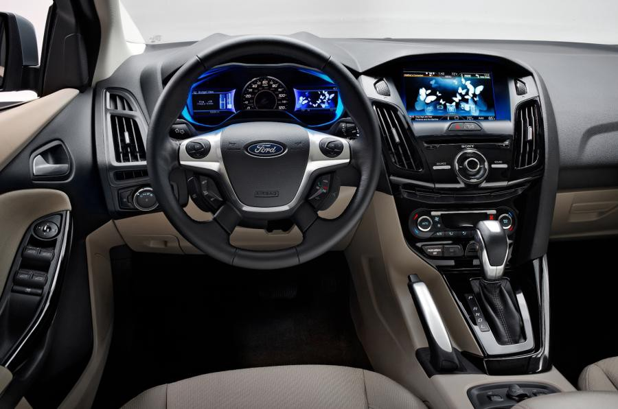 The 2018 Ford Focus Electric Comes In Just One Trim Level And Has Option Package Available If You Don T Like Choices It S Good