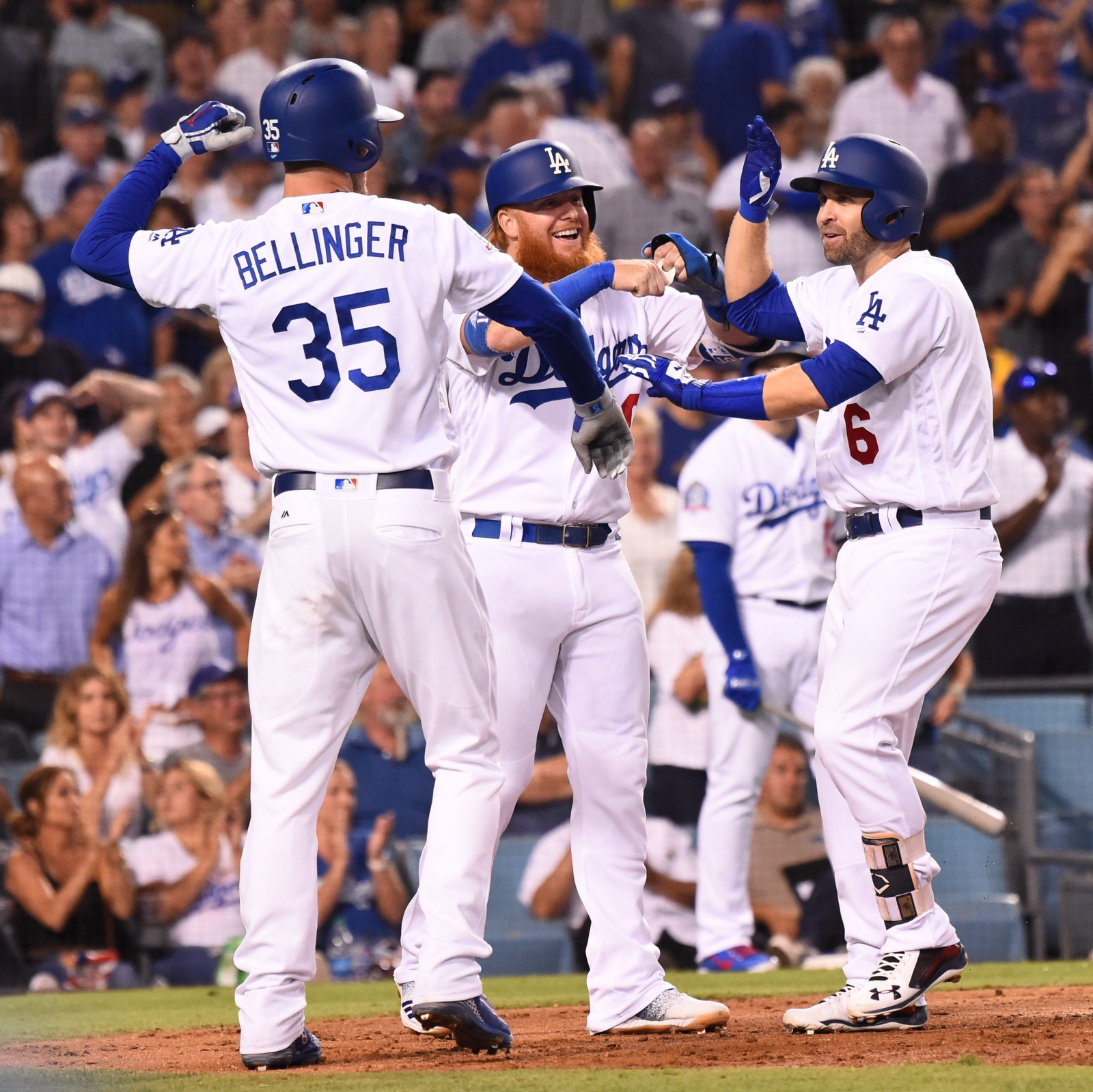 dodgers hit the home run cycle set dodger stadium record with 21 runs