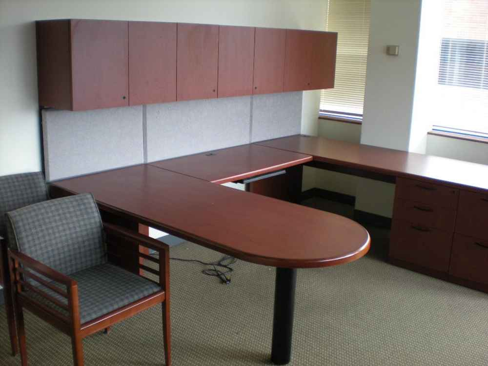 Clear Choice Office Solutions Provides Beautiful Used Furniture In Houston And All Of Texas We Also Deliver Nationwide Our Pre Owned Desks