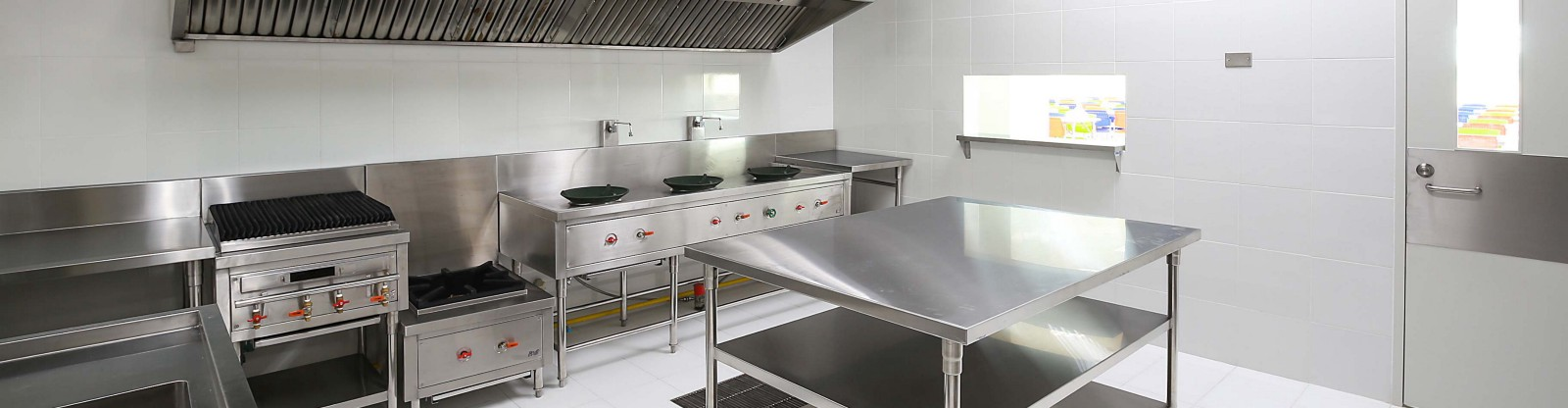 Commercial Kitchen Cleaning Services – ACS UK – Medium
