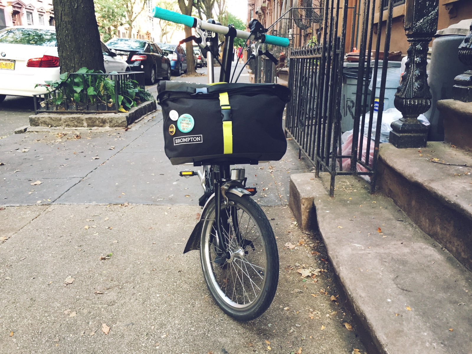 A Tiny Review Of Medium Sized Bag For Small Folding Bike The Brompton Roll Top Shoulder