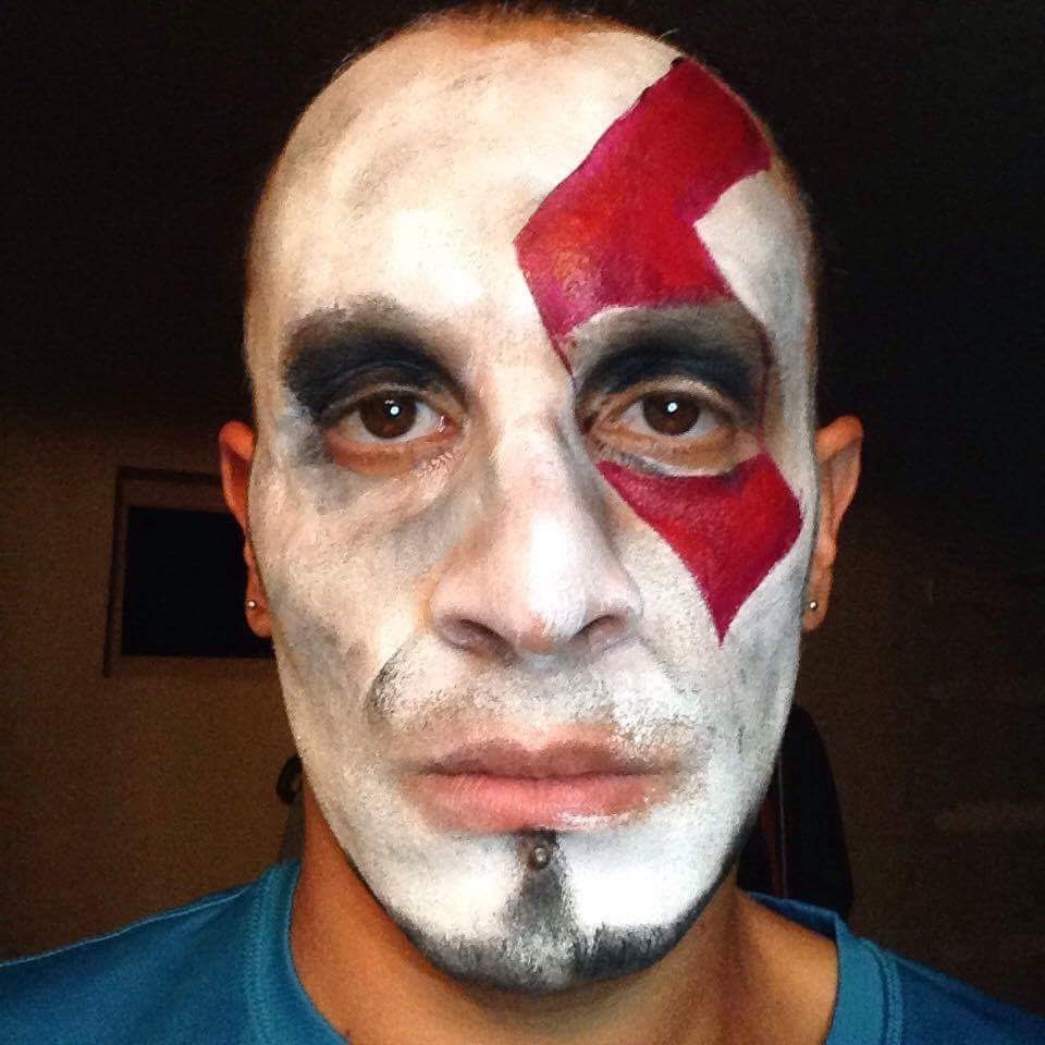 How To Facepaint Yourself Like Kratos God Of War Angel