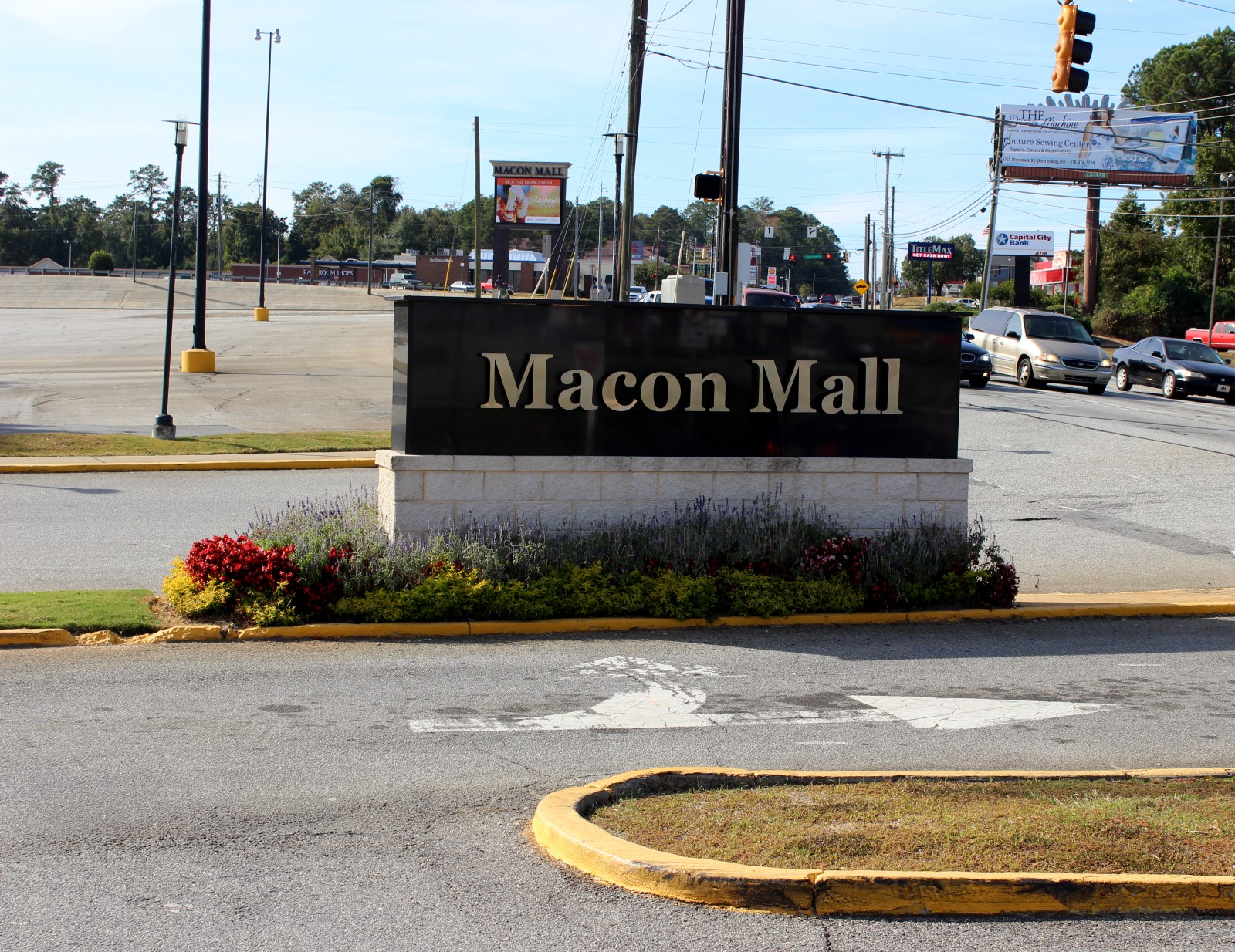 the past present and future of the macon mall let s get civic al medium. Black Bedroom Furniture Sets. Home Design Ideas