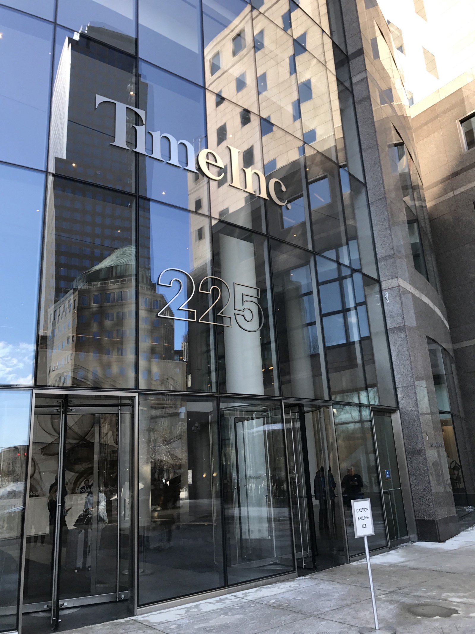 Outdoor mirrored edifice of Time, Inc. HQ.