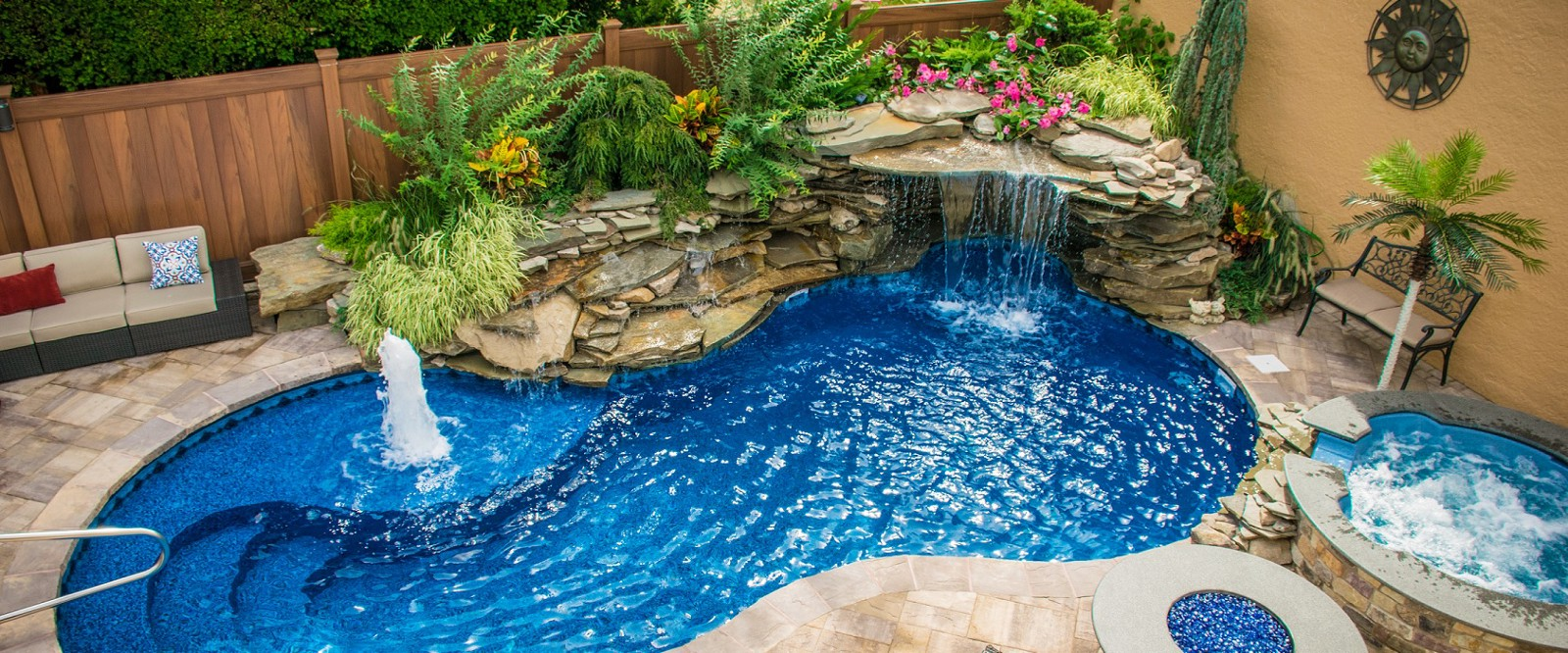 Things To Consider When Hiring Pool Service Contractors