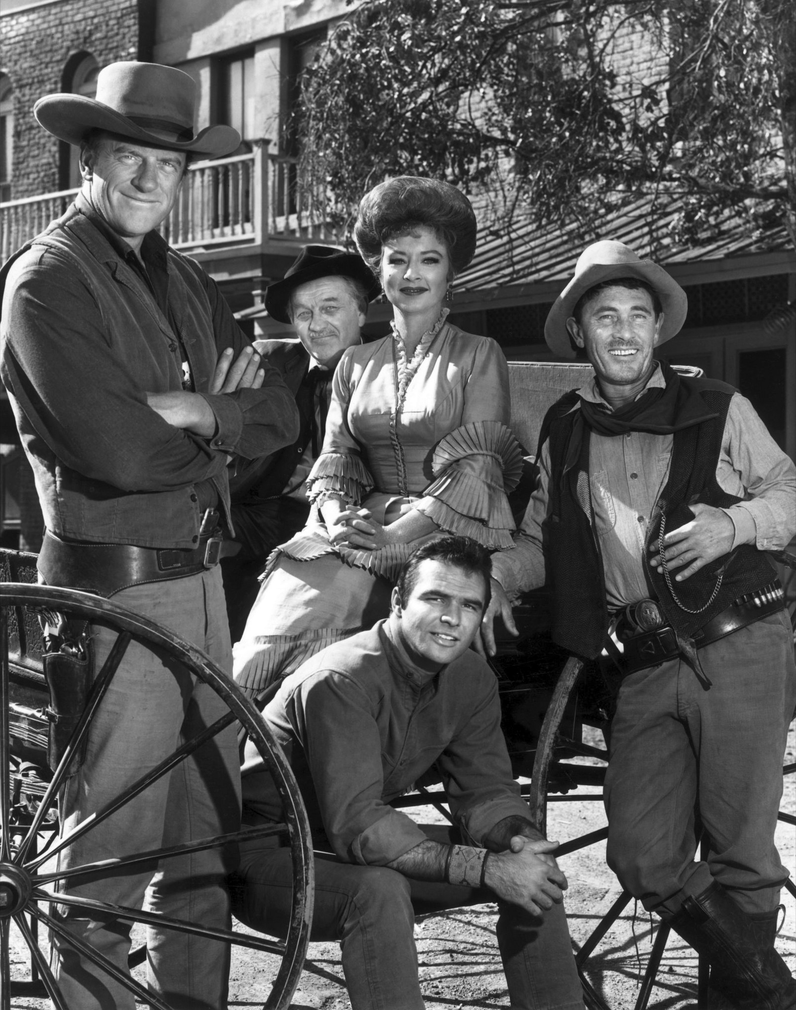 Dennis Dillon Dodge >> Get outta Dodge — Toasting 'Gunsmoke,' TV's most ...