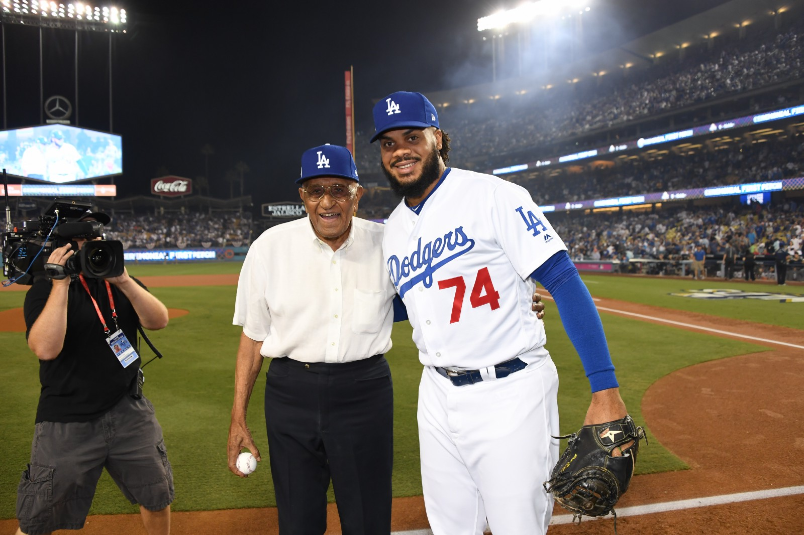 fabce8b8d Dodgers to wear uniform patch to honor Don Newcombe